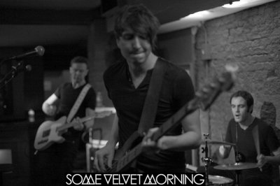 SOME VELVET MORNING => le groupe révolutionnaire de 2012