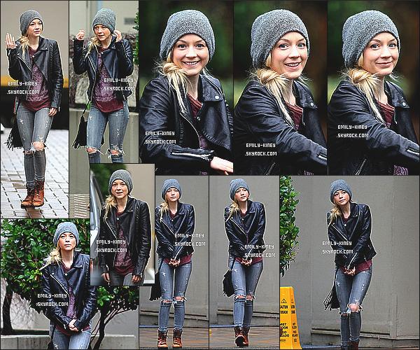 ____• 10/02/15 • EMILY DANS LES RUES DE VANCOUVER - CANADA