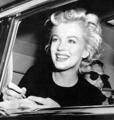 Un sourire est souvent l'essentiel. On est payé par un sourire. On est récompensé par un sourire.