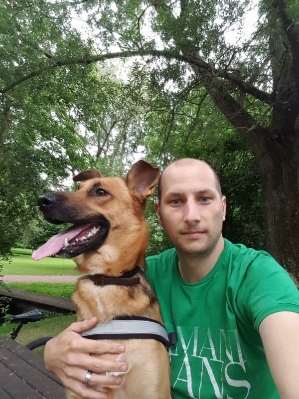 mon fils et son chien lucky