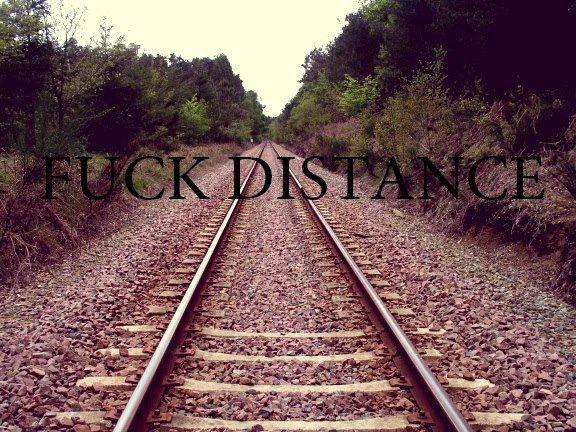 L'amour à distance.