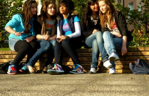 (Y) ♥    .  .  Made'moiselle devient Folle avec ses amis intimes (8)