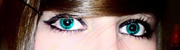 ◇- Tu me regarde, je te regarde. Je te sσuris, tu me sσuris.  Tu crσis que je t'aime bien, mais je suis fσℓℓe de tσi. :)