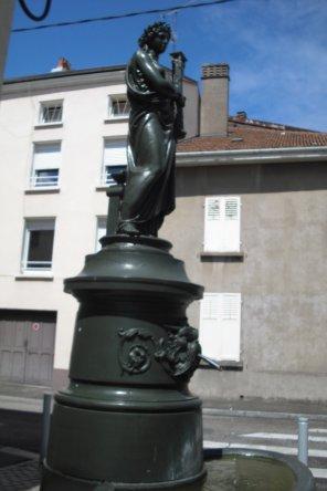 251   Les fontaines de raon l'Etape  (suite)