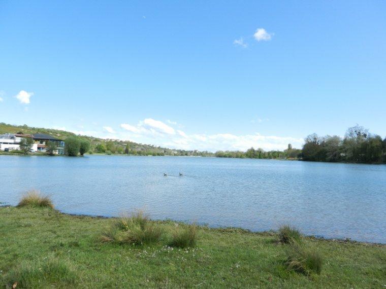 409  Au bord du lac Kir....