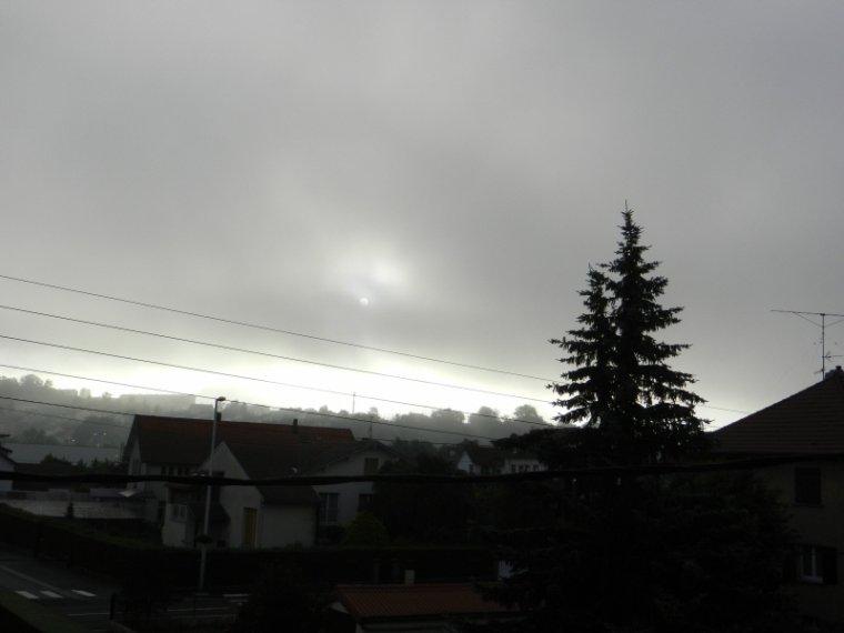 442  Soleil dans la brume