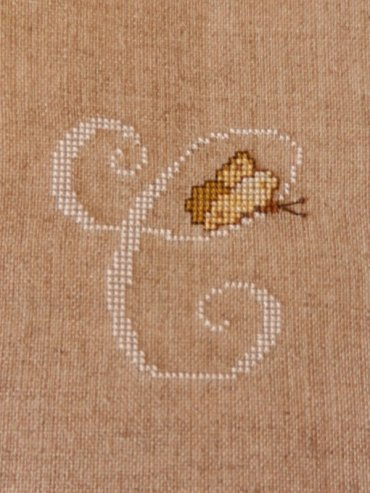 475    Broderie
