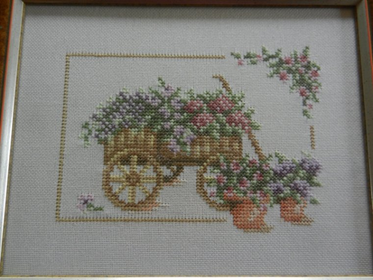 800   Broderie