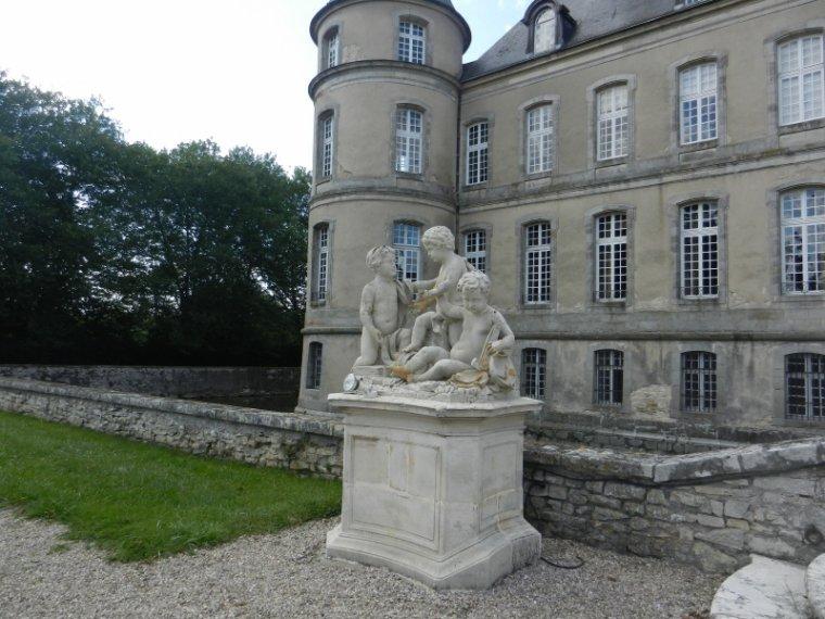 813   Le château de Haroué
