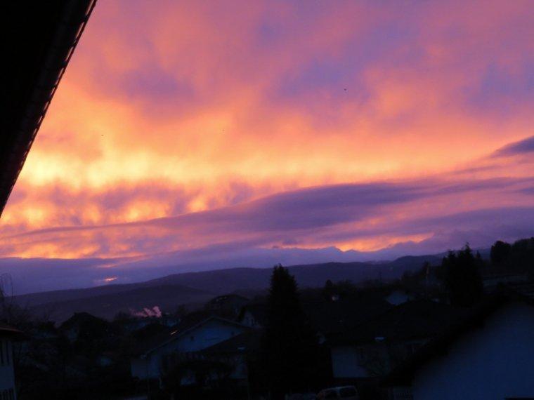 854   Quand le soleil se lève...