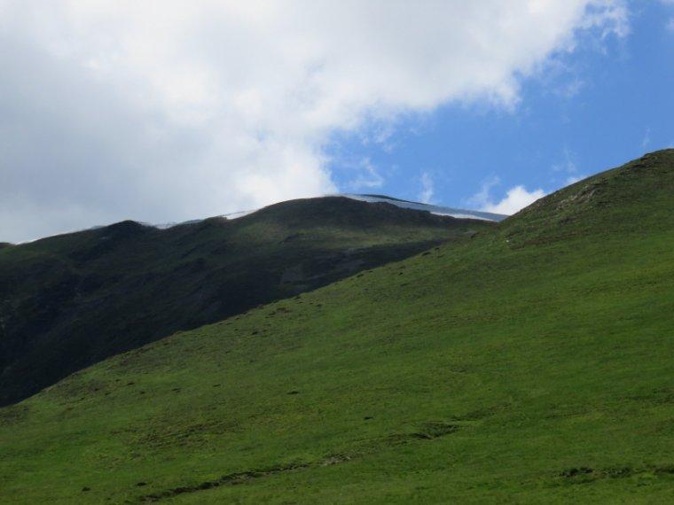 1034 Balade sur les pentes du Mont Né