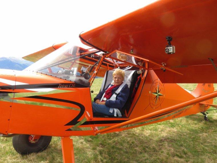 1088  Un petit tour en avion...