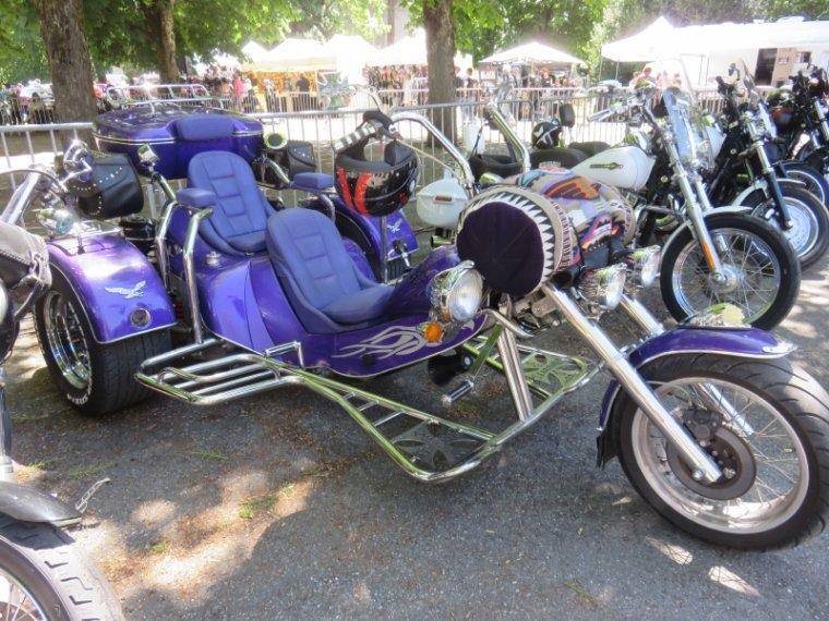 1272  Belles machines...