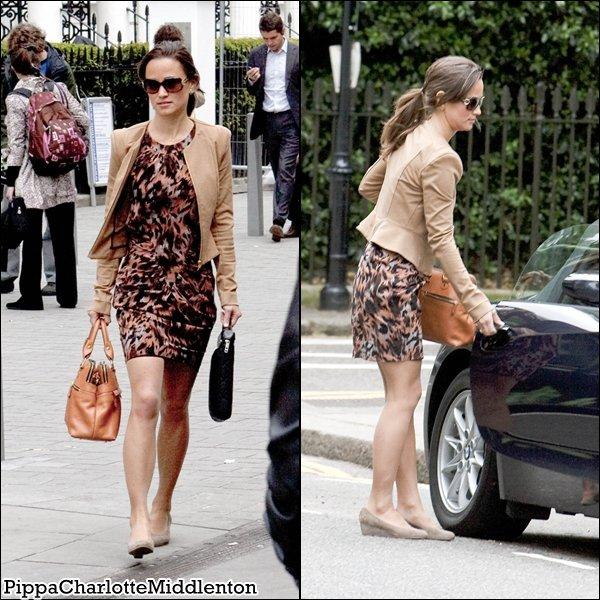 27 Mai 2011: Pippa faissant du shopping puis revenant d'un rendez vous d'affaire dans Chelsea. ♥ ♥