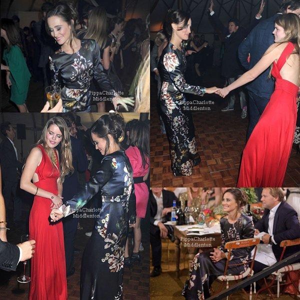13.10.11: Pippa s'est rendu à un diner de charité contre le cancer à Londres