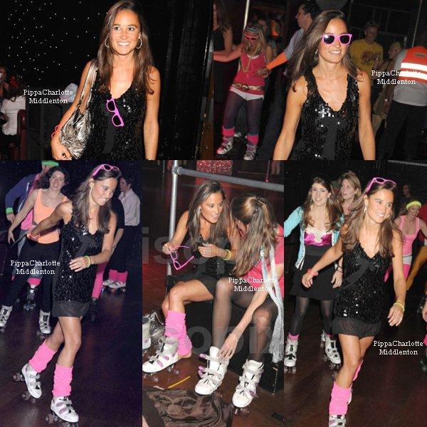 """17.09.08: Pippa et Kate étaient au """"Midnight Roller Disco"""" avec quelques amis, à Londres"""