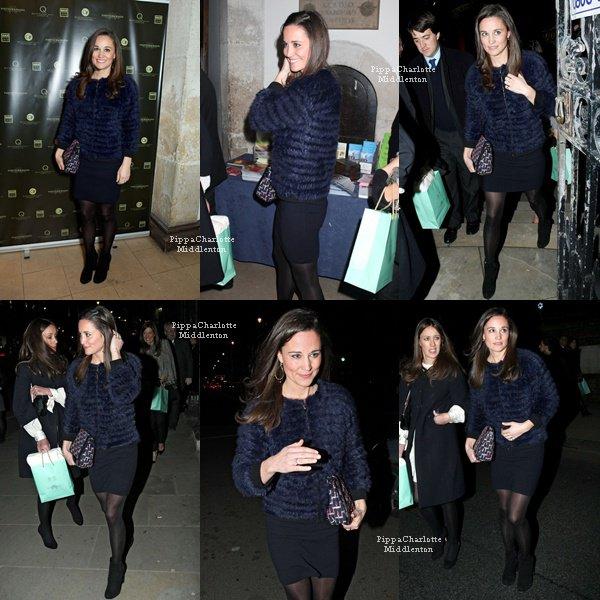 29.11.12: Pour bien débuter sa journée Pippa est aller faire son jogging dans Chelsea.