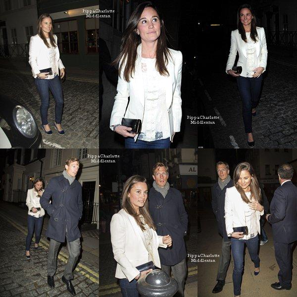 18.04.13: Pippa et Nico sortant du club londonnien  LouLou's dans le quartier de Mayfair
