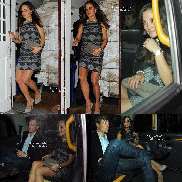 """25.04.13: Pippa et Nico quittant une soirée privée qui avait lieu dans le club """"LouLou's""""."""