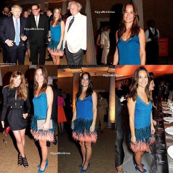 """24.09.13: Pippa était au diner de """"Vanity Fair and Serpentine""""  à Londres."""