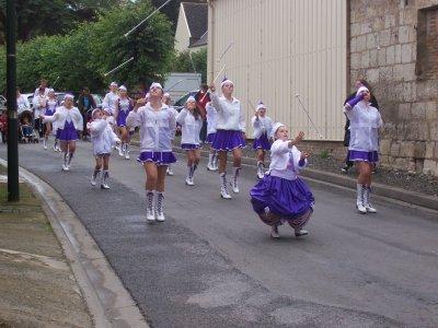 Défilé de FLEURY le 17 juillet 2011