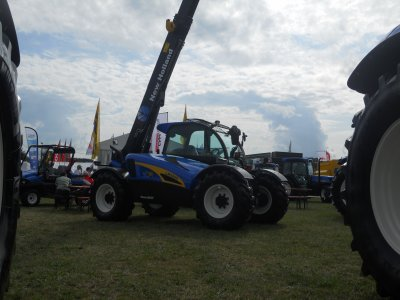 New Holland Lm 5050