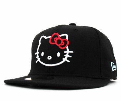 a nice haT for GIRL ( hello KITTY )