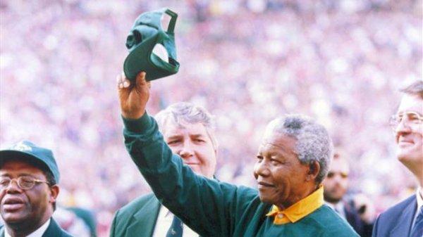 Mandela est Mort .