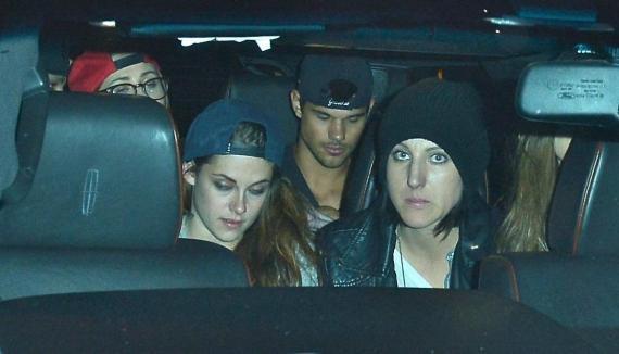 Kristen Stewart ET Taylor Lautner ensemble en boite de nuit