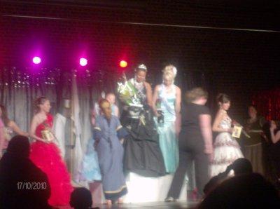 elu miss medieval 2010 au auby dans la catégorie 17 et + dimanche 17 octobre!!!
