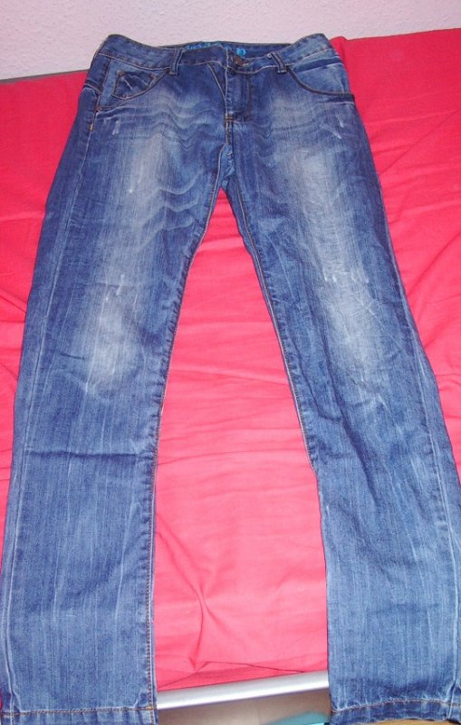 jeans s-m : 15 euros