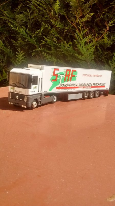 RENAULT AE TRANSPORTS STAF