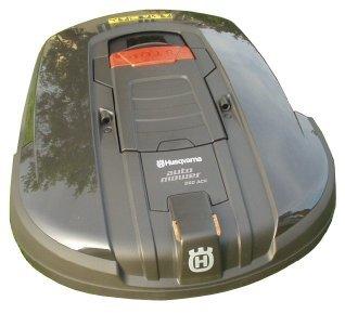 tondeuse autonome automower d 39 usqvarna dont nous a parl. Black Bedroom Furniture Sets. Home Design Ideas