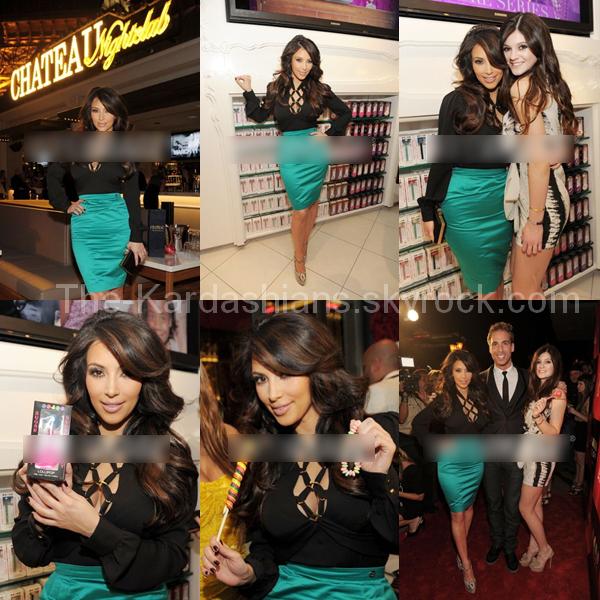 Nouvelles photos de Kim & Kylie à Sugar Factory à Las Vegas !