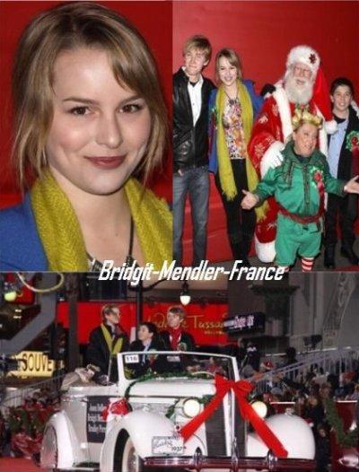 """28/11/10: Bridgit Mendler et toute la troupe de Disney Channel ont été presents à la Parade 2010 Hollywood Noël. Un des nombreux chars allégoriques avec les membres Disney Channel exprimés le casting de """"Bonne Chance Charlie"""",  """"Jonas LA """" , """"Les Sorciers de Waverly Place"""" et """"Sonny with a chance"""" était là aussi. Dans le véhicule à l'ancienne de la fonte sur place, Bridgit Mendler, Jason Dolley, et Bradley Steven Perry saluaient la foule. Excusez-moi pour le retard!! Plus de news bientôt!"""