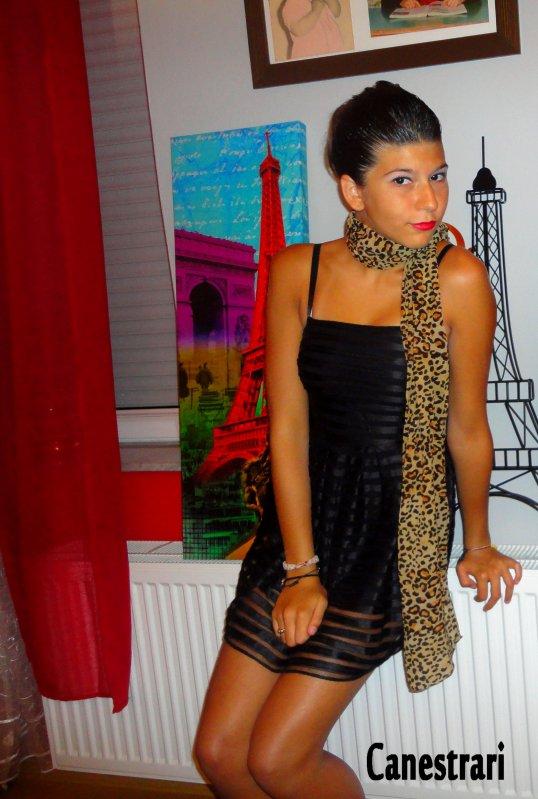 Oriana - 15 ans - Italienne - [ ? ] - 6061★ .