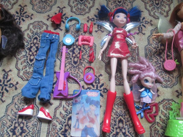 Séance photos de nos poupées winx première transformation + accessoires ♥
