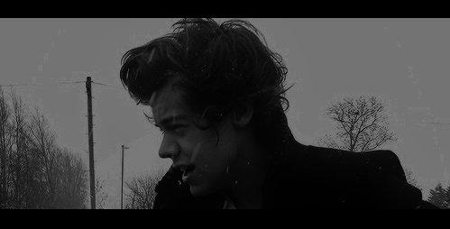 """""""Plus je grandis, plus je comprends rien,... Non je me répète,... Y a deux ans  je ne comprenais pas grand chose, maintenant c'est pire."""""""