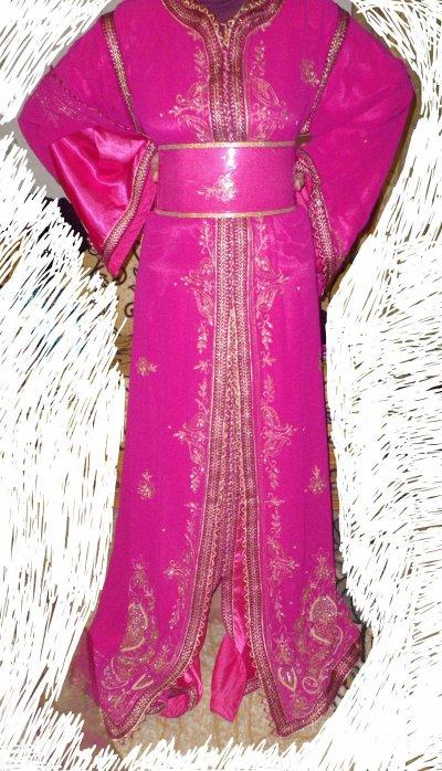 takchita sari rose fushia 130 euros