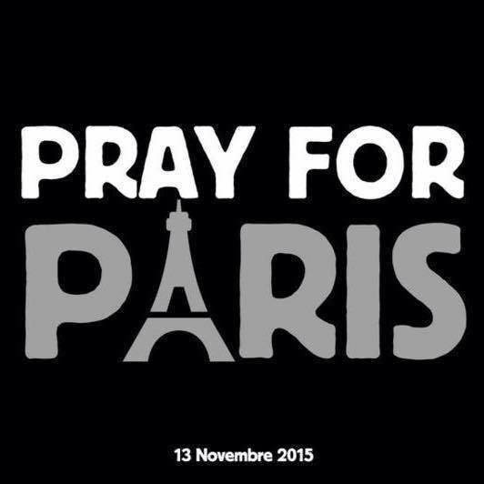 #PrayForParis.