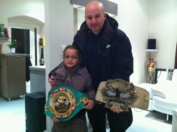 visite chez Yohan Lidon 4 fois champion du monde de boxe , un vrai champion