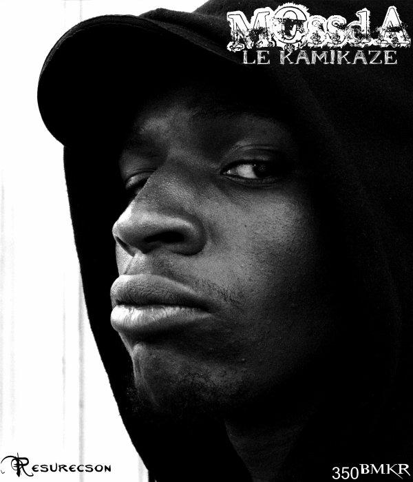 Le KamiKaze ( Net Tape ) / MOSSDA - Skinny Mossda (feat Castor L.M.C) (2011)
