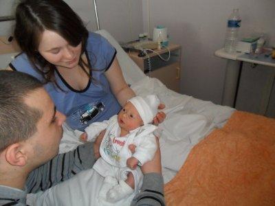 nathan le lendemain de sa naissance
