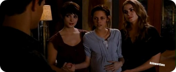 Breaking Dawn partie 1 : l'accouchement sanglant pour Bella
