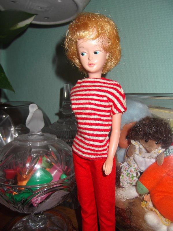 Mary make up en tenue Barbie