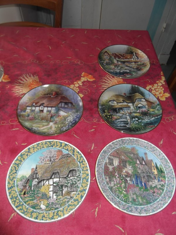 Assiettes décoratives