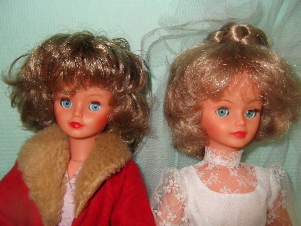 Cathie 1982 en Grenat 1981