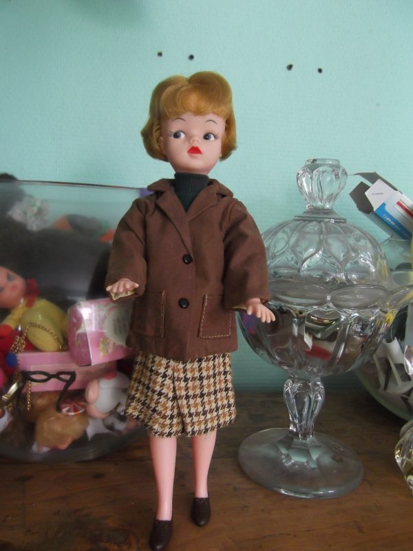 Sindy de pedigree country walk 1963