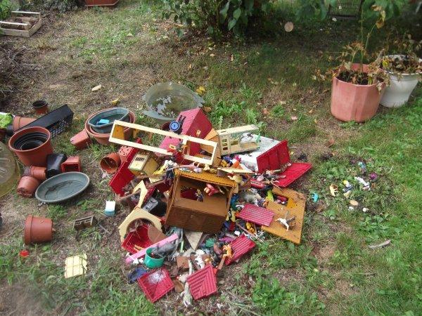 Tri des jouets du jardin