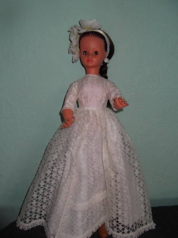 Cathie en robe de mariée 1968